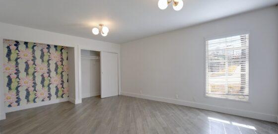 2802 Manor Rd